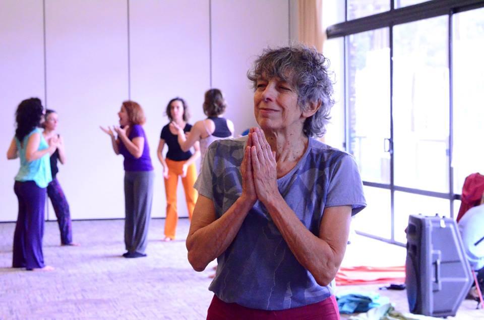 Graciela Figueroa: cada vez más gente entiende que somos uno y que la salud plena incluye la paz en el mundo